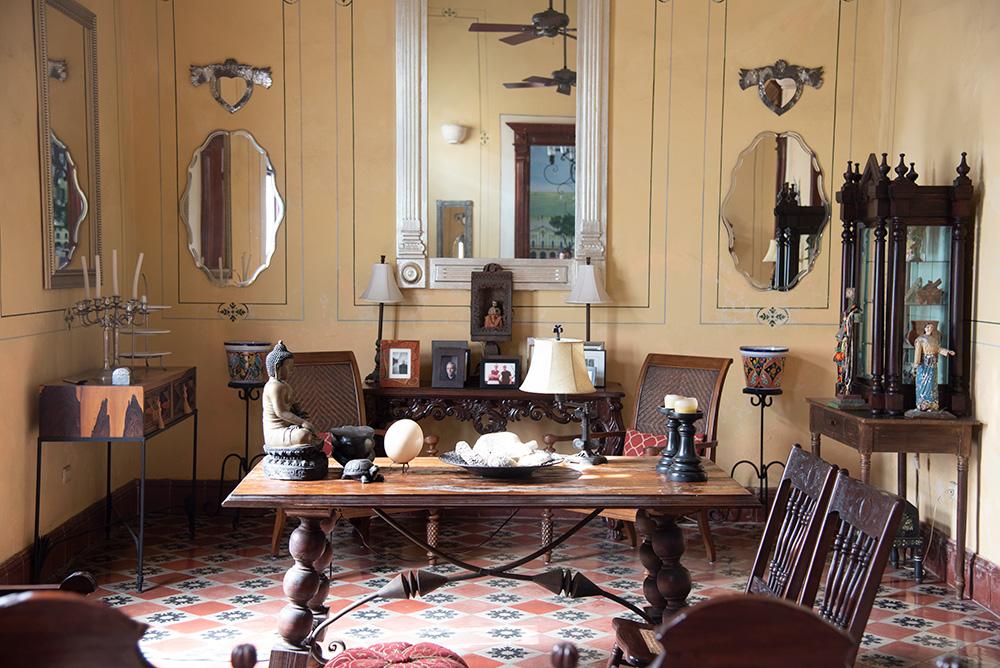 Los Dos Merida Living Room